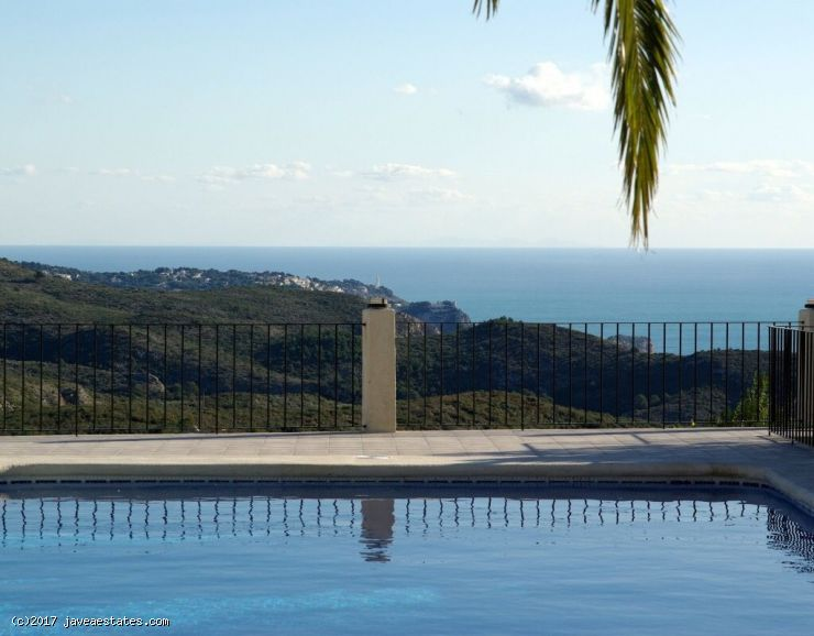 4 bed seaview villa