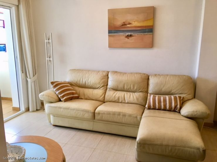 Lovely modern 3 bedroom apartment between the Arenal and the port.