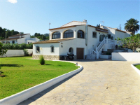 3 bed villa with a seperate guest apartment