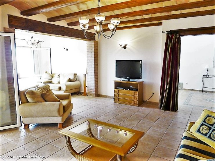 4 bed villa Castellans