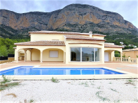 4 bed villa Montgó, Jávea reduced from € 770.000 to