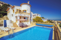Villa Casa Del Mar - 4 bedroom villa sleeps 8 from £1224 per week