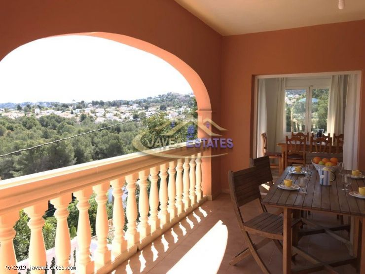 5 bed villa in Javea for rent