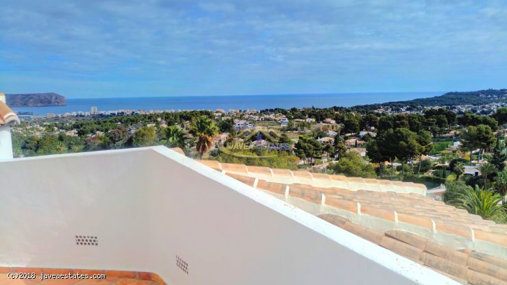 5 bed villa for long term rental