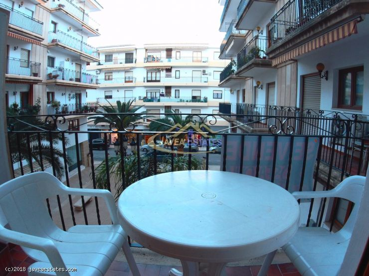 Recently reformed 2 bed apartment - Winter rental