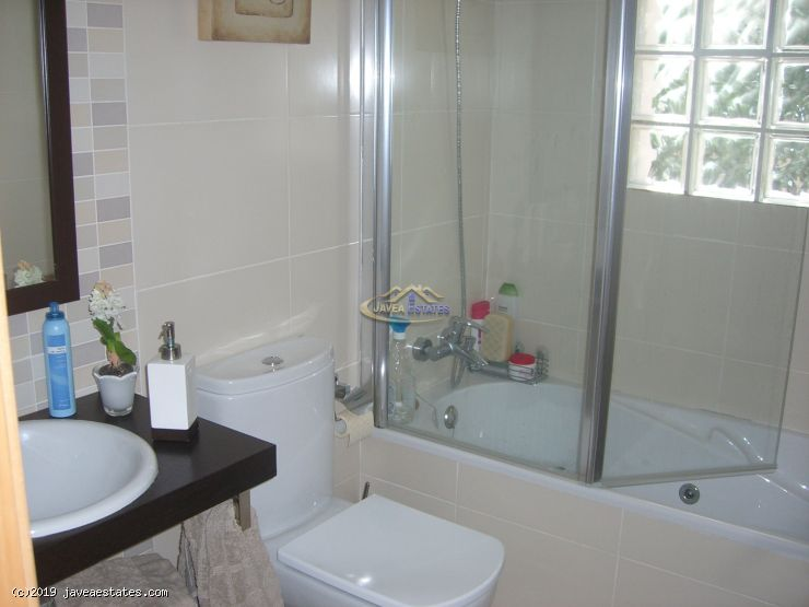 Winter let: 3 bed apartment near Arenal